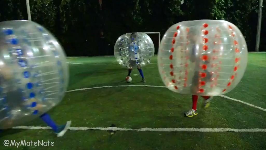 BKK BUBBLE BALL! บับเบิ้ลฟุตบอล in 4K (Ultra Hi-Def).mp4_snapshot_00.36_[2015.09.09_11.49.32]