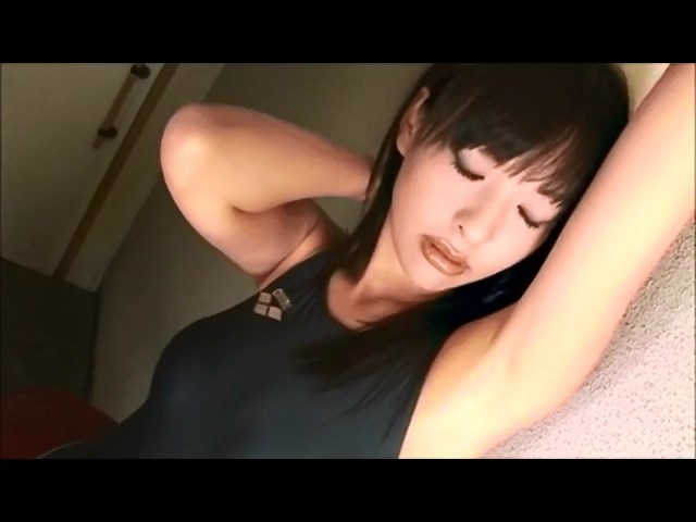 Softcore asian swimsuit tease - xHamster.com.mp4_snapshot_03.03_[2015.09.09_18.52.14]