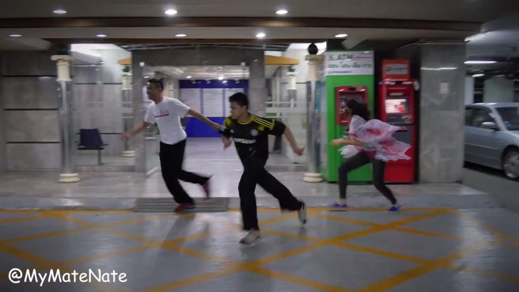 [EP.19] ซอมบี้แกล้งคนไทย! THAILAND ZOMBIE PRANK! i.mp4_snapshot_00.55_[2015.10.27_16.41.56]